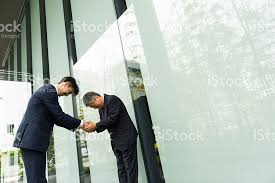business greeting traditional japanese business greeting stock photo 539241004 istock