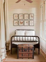 28 make your bedroom like a hotel room make your budget