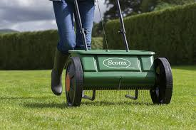 scotts miracle gro evengreen drop spreader amazon co uk garden