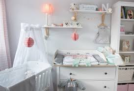 Ikea Schlafzimmer Rosa Ein Skandinavisches Kinderzimmer Und Ein Wickelaufsatz Für Die
