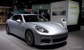 electric porsche panamera porsche panamera s e hybrid turns heads in live detroit auto show reveal