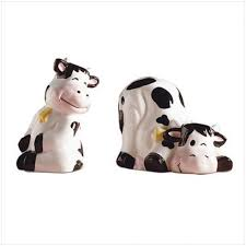 funny salt and pepper shakers novelty salt and pepper shakers fascinating unique salt and