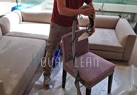 mousse nettoyante canapé nettoyage vapeur canape maison design wiblia com