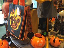 disney days mickey u0027s not so scary halloween party run the great