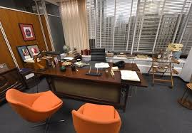 Coopers Office Furniture by Mad Men Prop Auction Own A Piece Of The Set Photos