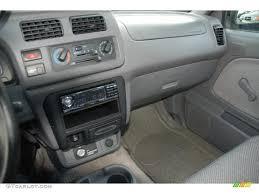 silver nissan inside 1998 nissan frontier interior 1998 frontier xe regular cab