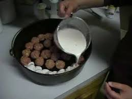 outdoor dutch oven recipes meatballs and gravy youtube