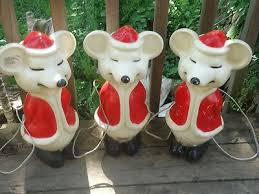 Vintage Christmas Lawn Decorations by 168 Best Vintage Blow Mold Decorations Images On Pinterest Retro
