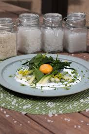 cuisine jaune d oeuf jaune d œuf frais mariné au vinaigre de cidre et à la fleur