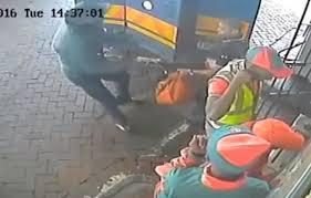 intelligence bureau sa in transit robbery on cctv