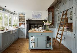 fixer kitchen cabinets moving into a fixer 4 ways to create dramatic change
