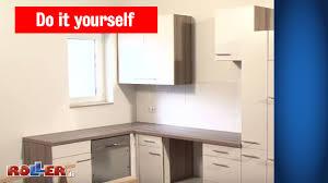 küche einbauen küchen arbeitsplatte montieren roller do it yourself