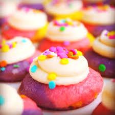 custom cupcakes 28 best custom cupcakes images on custom cupcakes