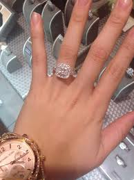 What Finger Does The Wedding Ring Go On by Best 25 Princess Cut Wedding Rings Ideas On Pinterest Princess
