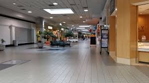3 Floor Mall by The Schumin Web Staunton Mall Sold For 4 5 Million