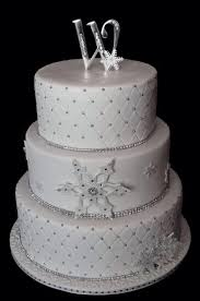 Winter Wedding Cakes Winter Wedding Winter Wedding Cake 2063958 Weddbook