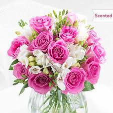 flowers birthday birthday flowers gifts free uk delivery flying flowers