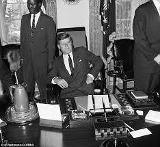 Presidential Desks Revealed Jfk U0027s Back Stabbing Generals Who Mocked The President As