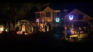 light o rama halloween sequences see halloween done right with this home u0027s musical light display