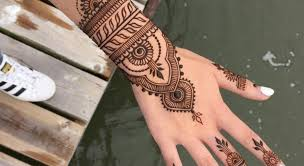 17 simple u0026 gorgeous henna designs to ask for