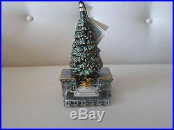 rockefeller center tree glass ornament by mostowski