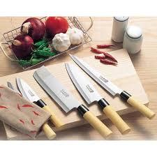 amazon com japanese kitchen knife set of 5 wooden box case mr