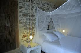 laurent d aigouze chambre d hote bed breakfast laurent d aigouze le moulin de st laurent
