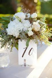 Elegant Centerpieces For Wedding by Best 25 Simple Elegant Centerpieces Ideas On Pinterest Simple