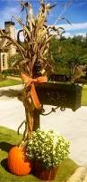 fall front porch decorating ideas outintherealworld com