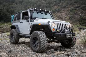 jeep yj snorkel jeep wrangler jk snorkel review drivingline