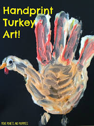 mini monets and mommies thanksgiving handprint turkey craft with