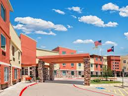 Is There A Six Flags In Pennsylvania Holiday Inn Express U0026 Suites Arlington Six Flags Area Hotel