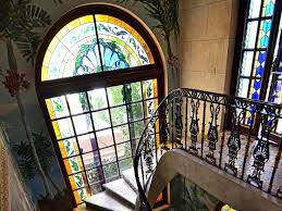 treppen verschã nern new photos of the opulent versace mansion in miami window wall
