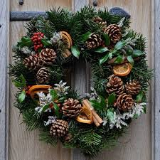 22 wreath ideas for your home the luxpad