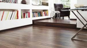 Walnut Laminate Flooring Uk Kaindl 10mm Natural Touch Rich Walnut Laminate Flooring 37658 Sn