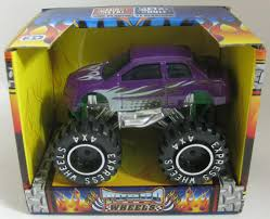 house crypt haunted monster truck needless things toy review u2013 phantom troublemaker u0027s bag of fun by