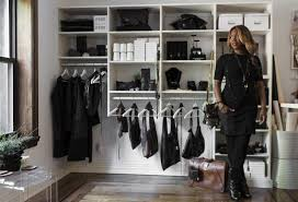hair extension boutique new boutique offers handbags and hair extensions on gritty block