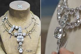 cartier diamond necklace images That quot ocean 39 s 8 quot cartier diamond necklace is actually fake jpg