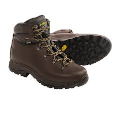 asolo scafell gore tex hiking boots for men save 37