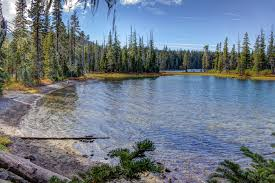 Oregon lakes images 15 best lakes in oregon the crazy tourist jpg