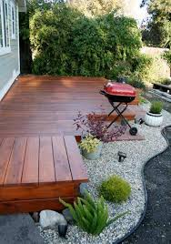 small yard deck design with gravel ideas pictures savwi com
