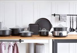 pantry chef cookware spotlight on cookware what s a rockcrok pered chef
