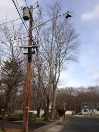 utility pole light fixtures file 2014 12 30 12 43 35 utility pole and old incandescent street