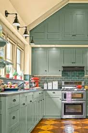 Kitchen Cabinets To The Ceiling by Best 25 Vaulted Ceiling Kitchen Ideas On Pinterest Vaulted