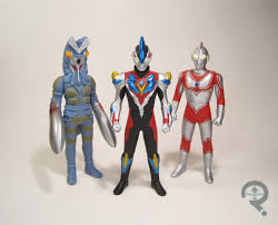 theme line android ultraman imports the figure in question