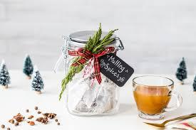 thanksgiving hostess gift ideas homemade homemade mulling spices diy gift idea jelly toast