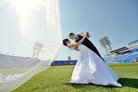 cheap wedding 9 creative cheap wedding venues for couples on a budget