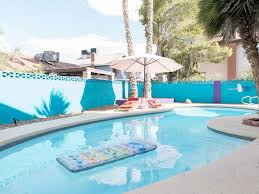 4 bedroom 3 bath pool house minutes to strip large living and