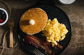 pour cuisiner comme un pro les œufs brouillés 4 recettes pour les cuisiner comme un dieu