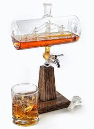 White Oak Rum On A Table Amazon Com Liquor Decanter Scotch Whiskey Decanter 1150ml